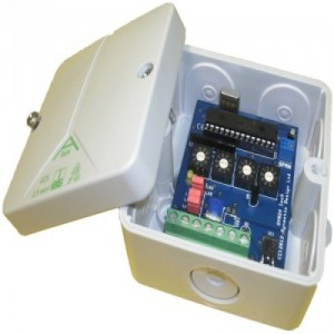 Pulse splitter - Supplied in IP65 Box :: AC Powered